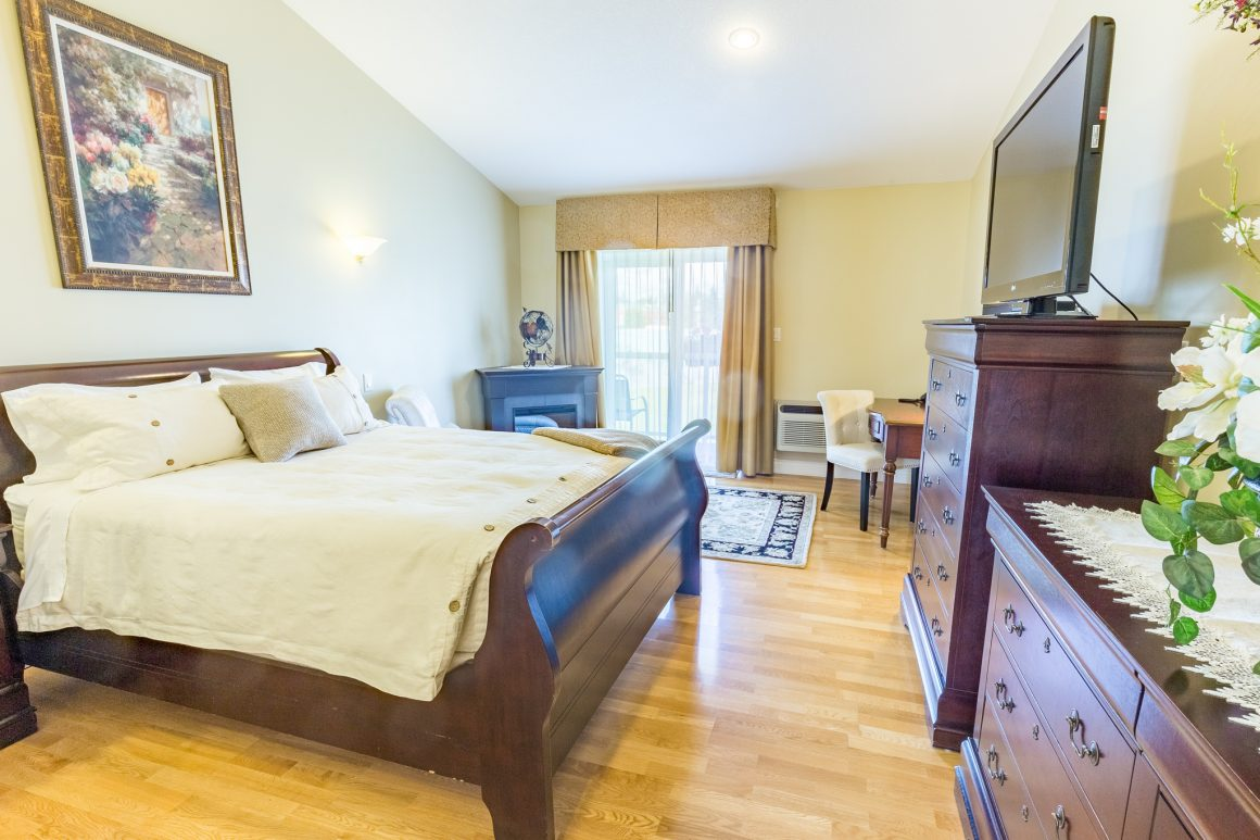 bed and breakfast guest room