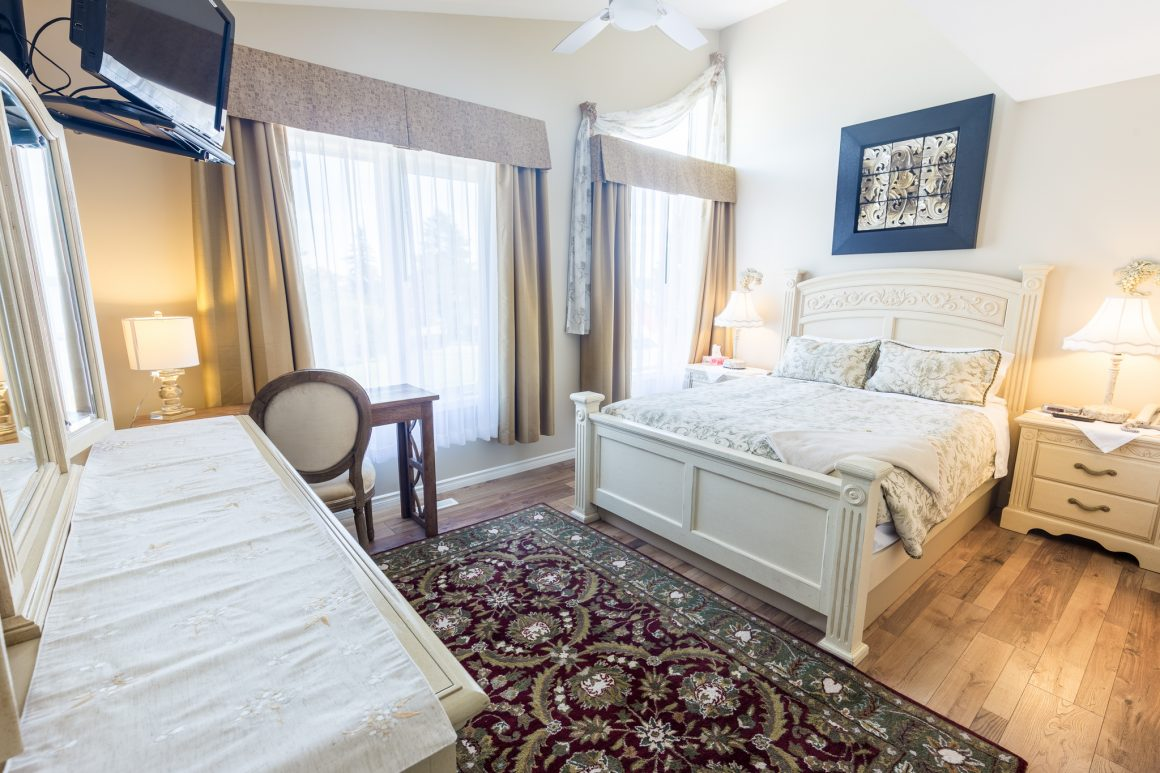 Bed and Breakfast Guestroom